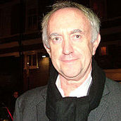 Cast Photo: Jonathan Pryce