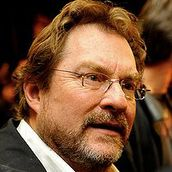 Cast Photo: Stephen Root
