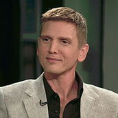 Cast Photo: Barry Pepper