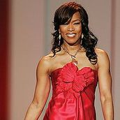 Cast Photo: Angela Bassett