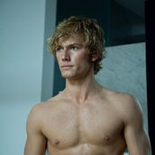Cast Photo: Alex Pettyfer