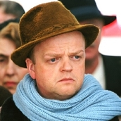 Cast Photo: Toby Jones