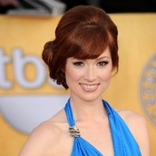 Cast Photo: Ellie Kemper