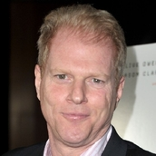 Cast Photo: Noah Emmerich