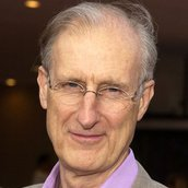 Cast Photo: James Cromwell