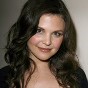 Cast Photo: Ginnifer Goodwin
