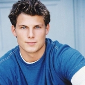 Cast Photo: Travis Van Winkle