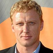 Cast Photo: Kevin McKidd