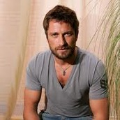 Cast Photo: Gerard Butler