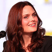 Cast Photo: Emily Deschanel