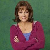 Cast Photo: Patricia Heaton