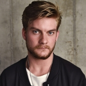 Cast Photo: Jake Weary