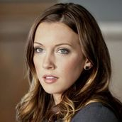 Cast Photo: Katie Cassidy