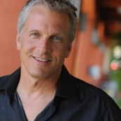 Cast Photo: Patrick Fabian