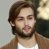 Cast Photo: Douglas Booth