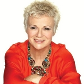 Cast Photo: Julie Walters