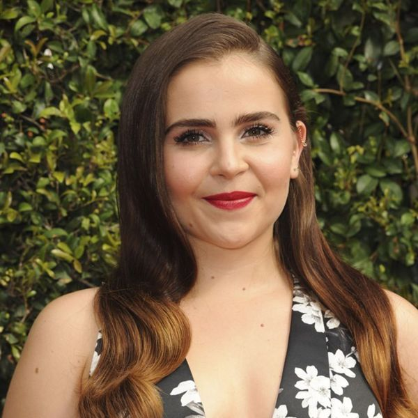 Mae Whitman Picture