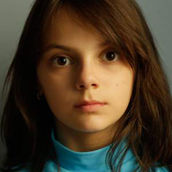 Cast Photo: Dafne Keen